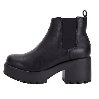 Onlineshoe Classic Chelsea Boot - Cleated Sole Elasticated Sides