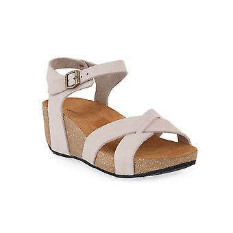 Frau butter nabuk shoes