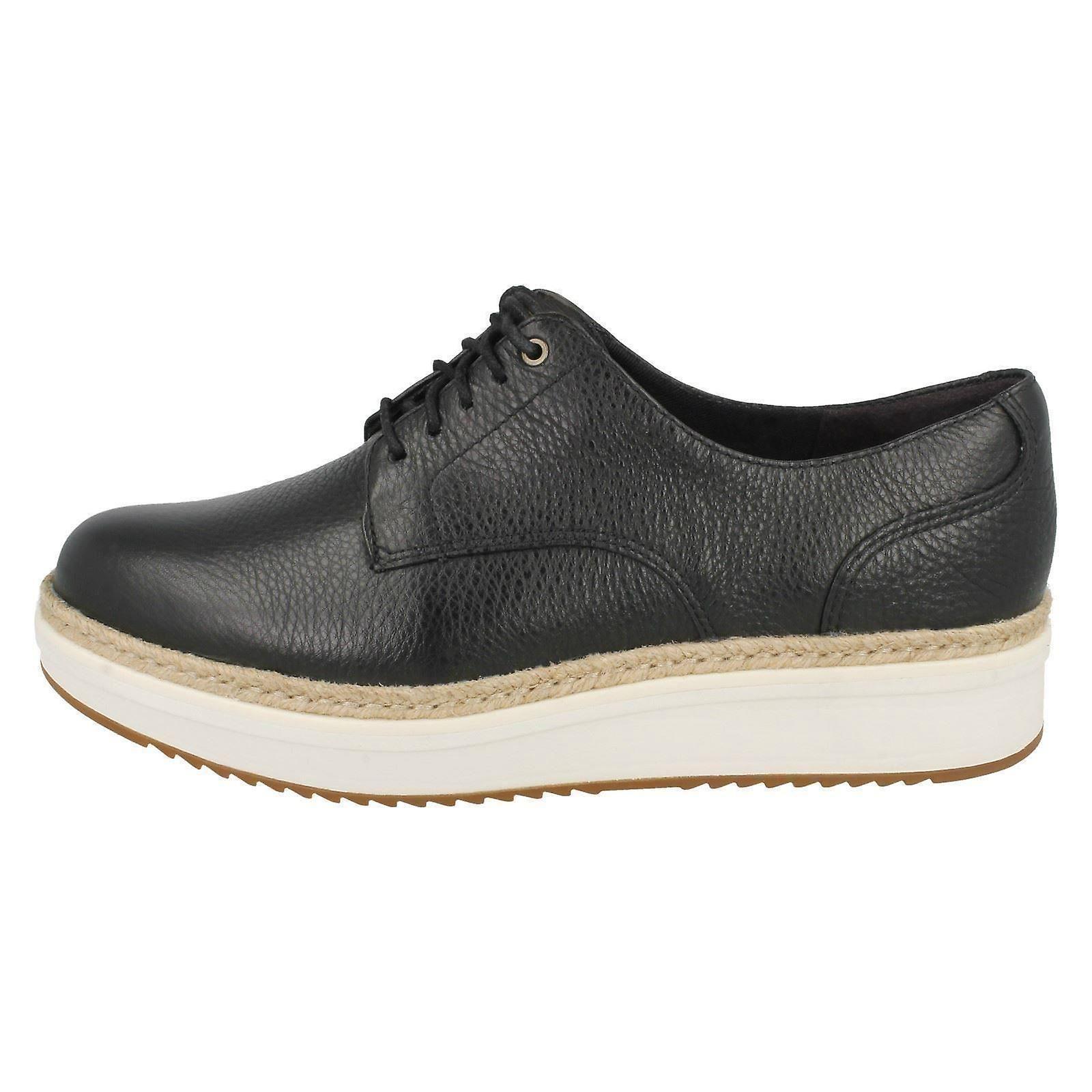 Clarks Ladies Brogue Style Shoes Teadale Rhea