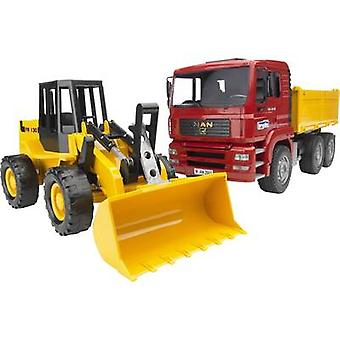 Brother MAN TGA tipping trucks with joint wheel loader FR 130
