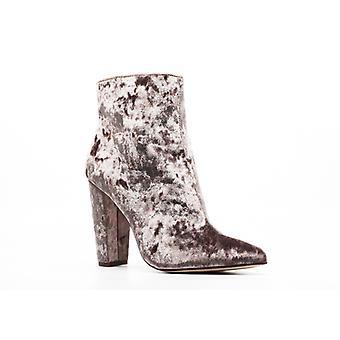 Jessica Simpson | Velvet Block Heels