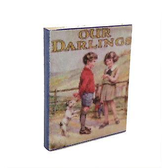 Dolls House vanhanaikainen meidän darlings tarina kirja miniatyyri lastentarha lisävaruste