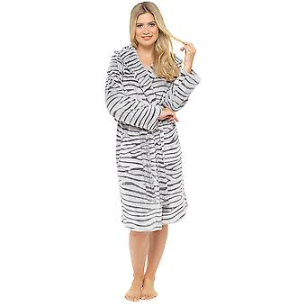 Ladies Supersoft Warm White Tiger Fleece Hooded Wrap Over Nightwear Bathrobe Dressing Gown