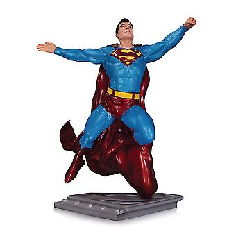 Superman Man of Steel Statue por Gary Frank