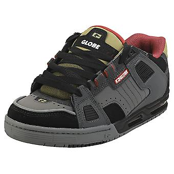Globe Sabre Mens Skate Trainers in Charcoal Black