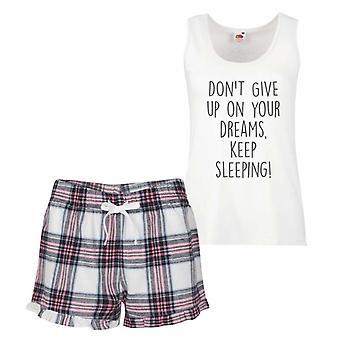 Nicht geben, auf Ihre Träume zu halten SleepingPink Tartan Pyjama