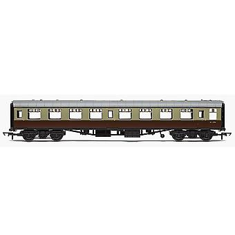 Hornby RailRoad BR Mk1 Tourist Second Open Coach - BR Chocolate and Cream