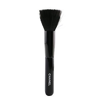 Chanel Les Pinceaux De Chanel Foundation Blending Brush N°102