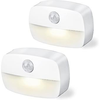 ضوء الليل LED مع كاشف الحركة، والأضواء البيضاء الدافئة التي تعمل بالبطارية، وإضاءة خزانة مع لاصقة لغرف الأطفال، وغرف النوم، والسلالم، والممرات (2 قطعة)، (أبيض)
