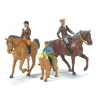 Britains Farm 1:32 Horses and Riders
