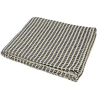 Riva Home Keyhole Square Pattern Throw