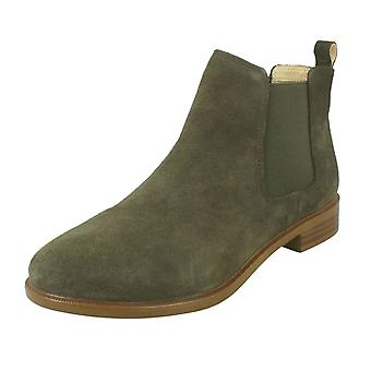 Ladies Clarks Chelsea Boots Taylor Shine