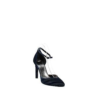 Givenchy | Show Dorsa Pump