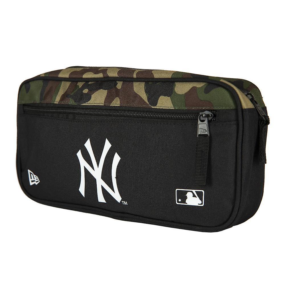 New Era MLB Cross Body Bag ~ New York Yankees