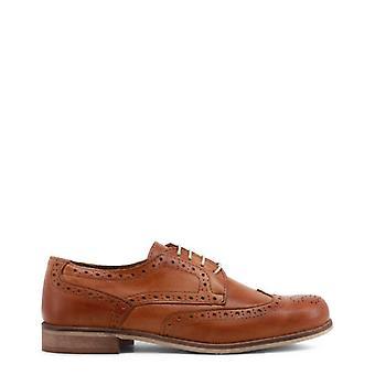 Made In Italy buty na co dzień Made In Italy - 0000057445_0 z pamiątkami
