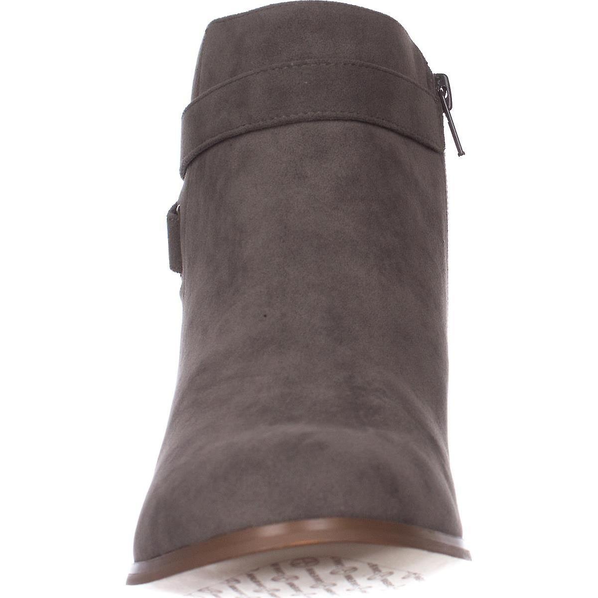 Giani Bernini Womens Oleesia Fermé Toe Ankle Fashion Boots