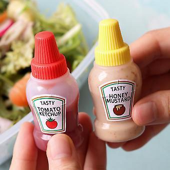 2pcs/set 25ML Mini Tomato Gravy Boat Salad Dressing Oil Spray Bottle Portable Small Sauce Container