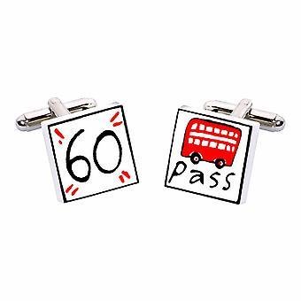 Caixa de presente de 60 abotoaduras de passe de ônibus por Sonia Spencer, na apresentação. Pensão, pensionista
