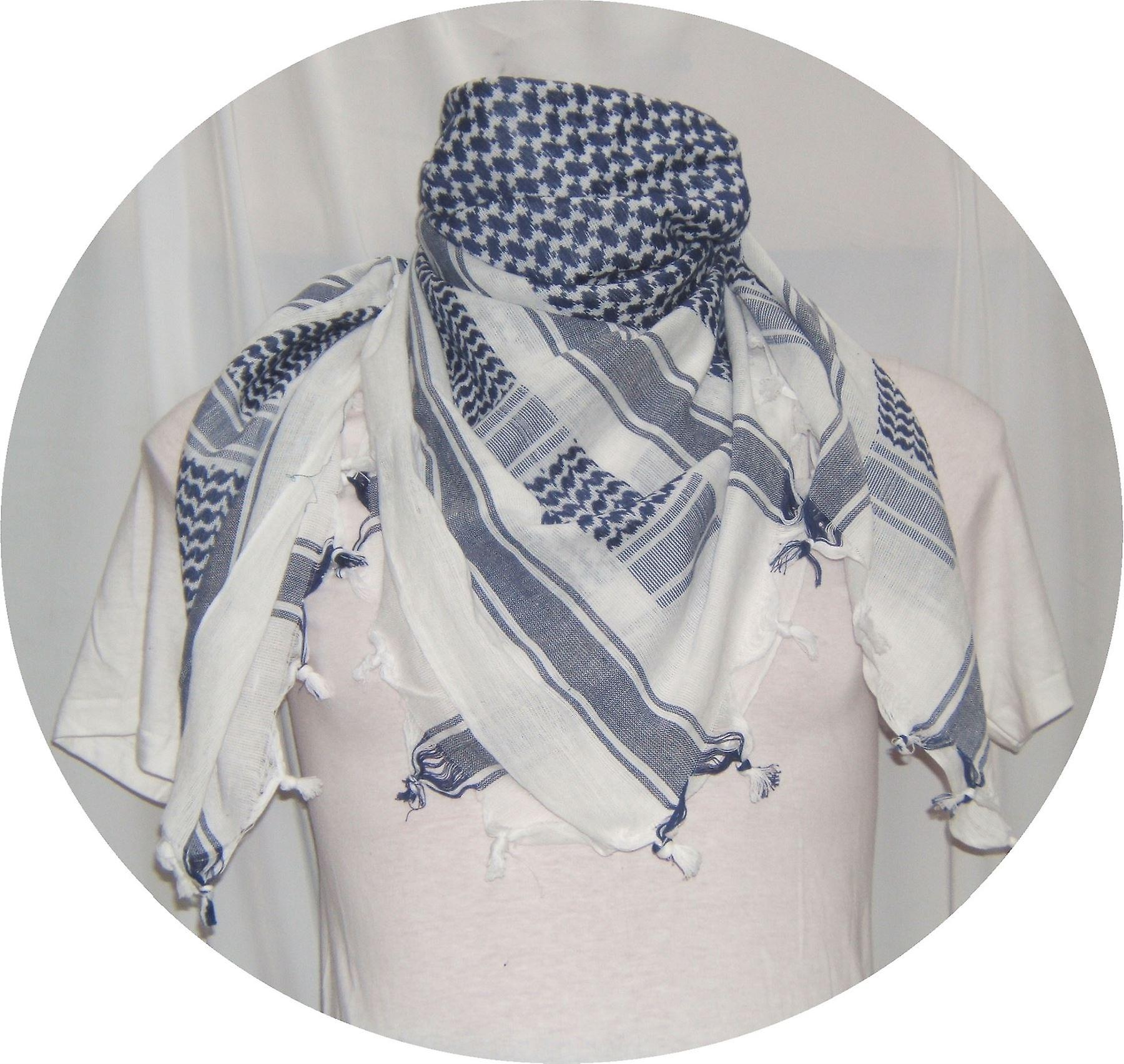 Shemagh (Keffiyeh) Scarf: Why I Travel With One