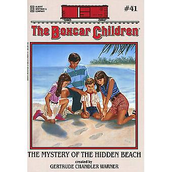The Mystery of the Hidden Beach by Gertrude Chandler Warner - 9780807