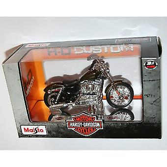 Maisto Harley Davidson 2013 1200v Seventy Two Brown Motorbike 1:18
