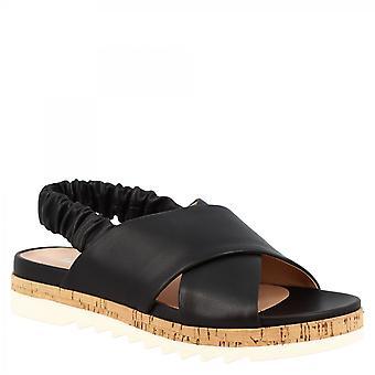 ليوناردو أحذية المرأة اليدوية حبال الصنادل المسطحة في جلد العجل الأسود