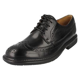 Menns Clarks formelle sko stil Un grense sort størrelse 6.5G
