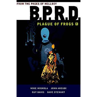 B.P.R.D - Plague of Frogs Volume 4 by Mike Mignola - 9781616556419 Book