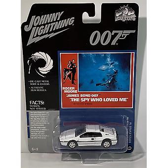 James Bond 007 Lotus Esprit The Spy Who Loved Me 1:64 Johnny Lightning JLPC002