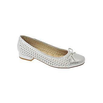 JLY039 Hendrix dames Star geperforeerd Metallic glanzende Bow Accent lage hak schoenen