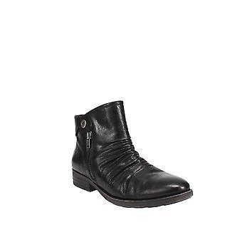 Baretraps | Anila Ankle Boots
