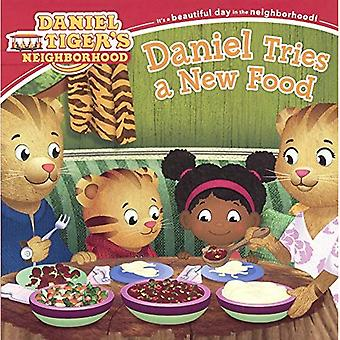 Daniel tenta um novo alimento (do Daniel tigre bairro)