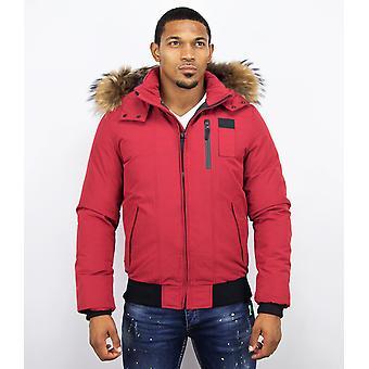 Short men's winter coat – with fur collar – red