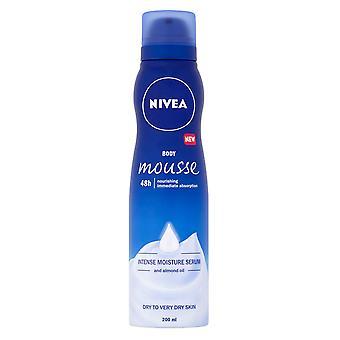 Nivea Body Mousse 48h nærende Intense Serum 200ml tør til meget tør hud mandelolie
