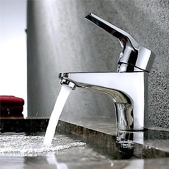 Aérateur de robinet d'économie d'eau, filtre de régulateurs de jet de clé