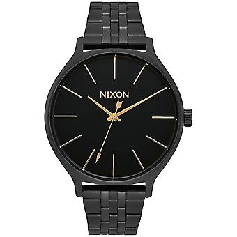 Nixon Clique Quartz Analog Woman Watch with A1249001 Stainless Steel Bracelet
