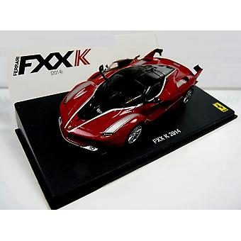 Coche fundido a troquel modelo de Ferrari FXX K (2014)