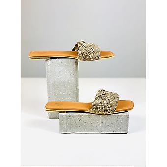 Płaskie sandały Silvia Cobos Naxos Brown
