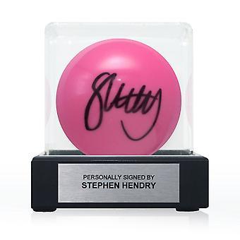 Stephen Hendry signerade Pink Snooker Ball. I displayväska med plakett