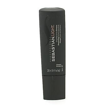 Sebastian valo painoton Shine Shampoo 250ml/8,4 oz
