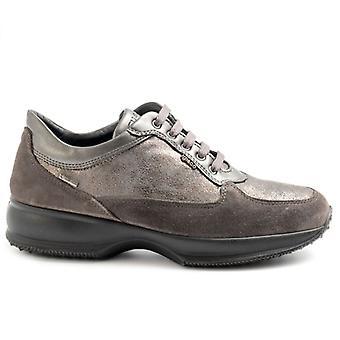 Sapato feminino Cinza e Camurça de Bronze e Gore Tex