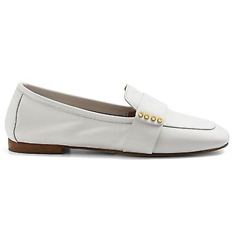 Moccasswoman Nouvelle Femme In White Nappa