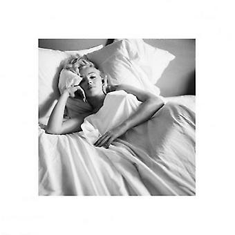Marilyn Monroe Bed plakat Print (16 x 16)