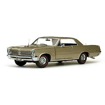 Pontiac GTO (1965) Diecast Model Car
