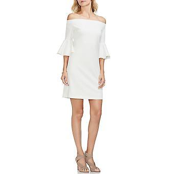 Mer från Vince Camuto   Off-the-shoulder bell-sleeve klänning