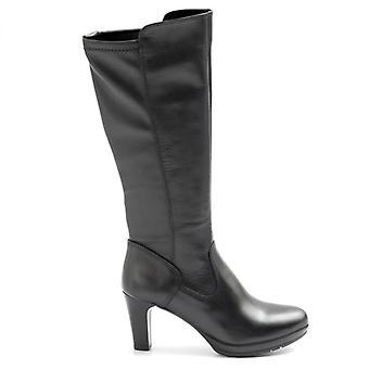 Tamaris Schwarze Stiefel mit elastischem Bein und mittlerer Ferse
