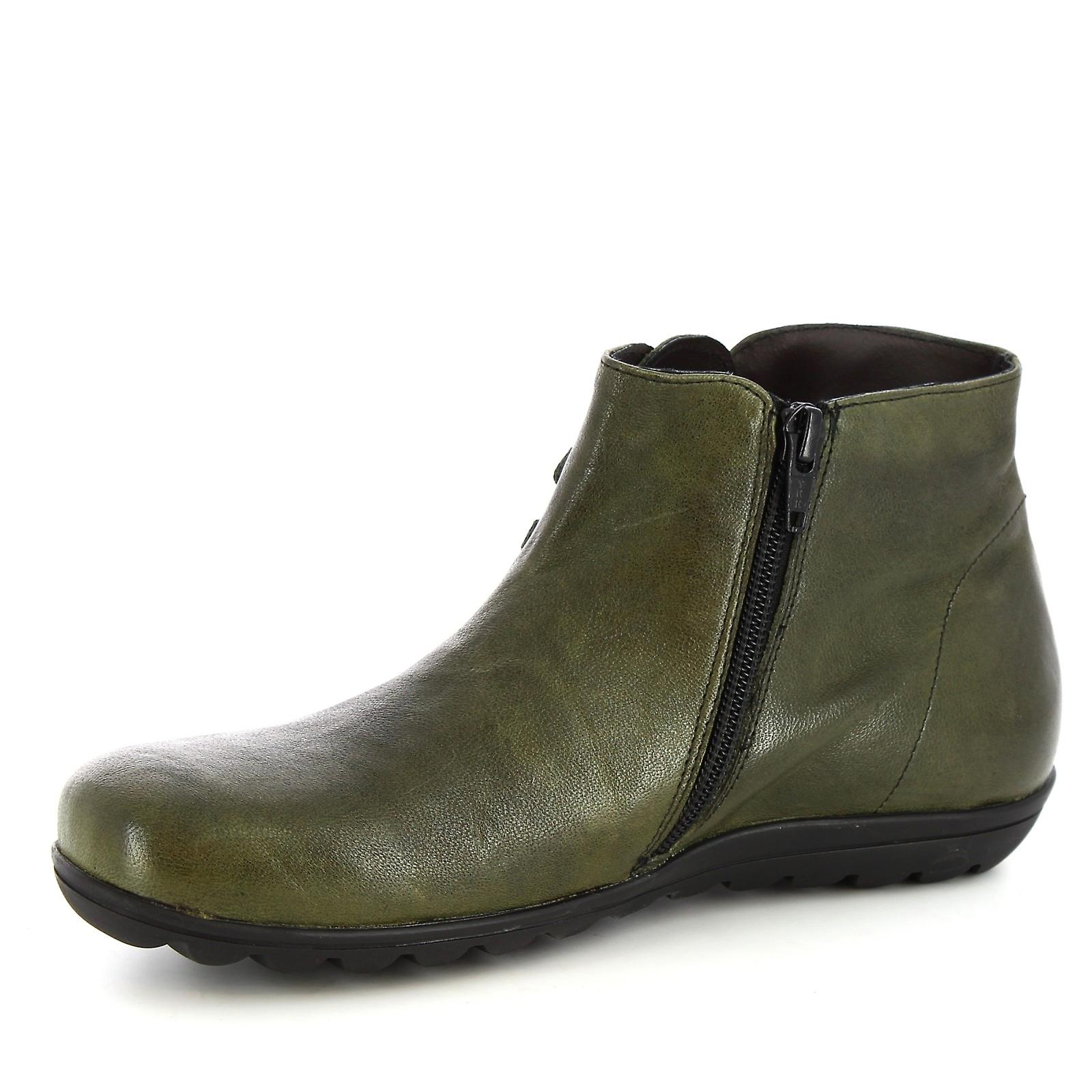 Leonardo Shoes Women's handmade ankle boots green calf leather with side zip