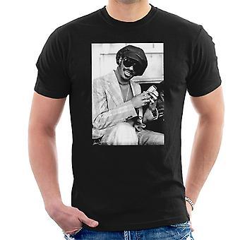 Stevie Wonder London haastattelu 1974 Miesten t-paita