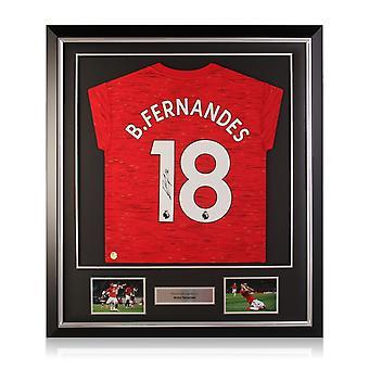 Bruno Fernandes heeft het shirt van Manchester United gesigneerd. Deluxe Frame
