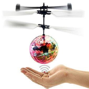 Yksinkertainen käyttö Sähköinen Rc fly ball, infrapuna induktio, lentokone, Flash Led